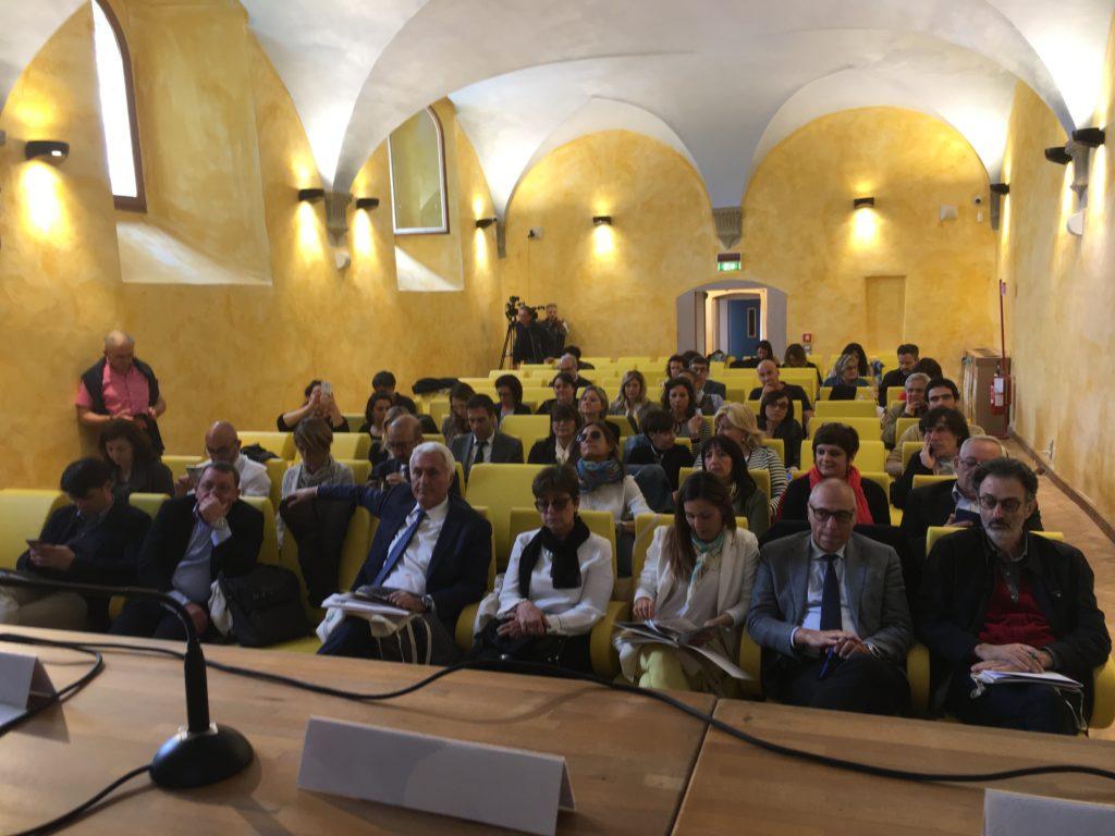 Sala del convegno sull'Isola Polvese