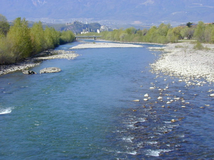 Il fiume Isarco che scorre nel capoluogo altoatesino