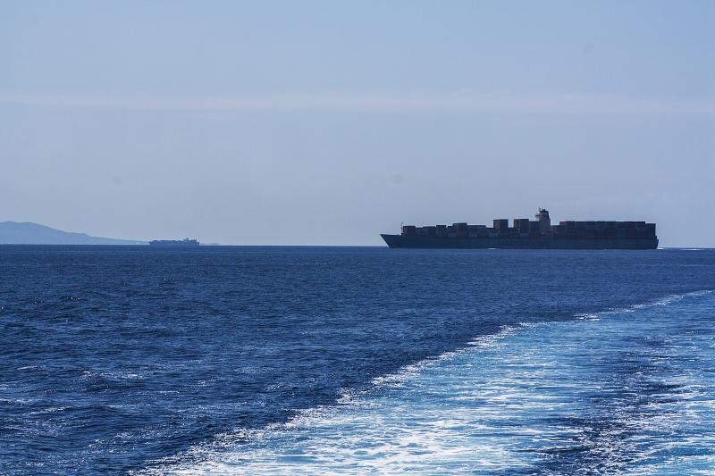 Traffico marittimo nel Canale di Sicilia