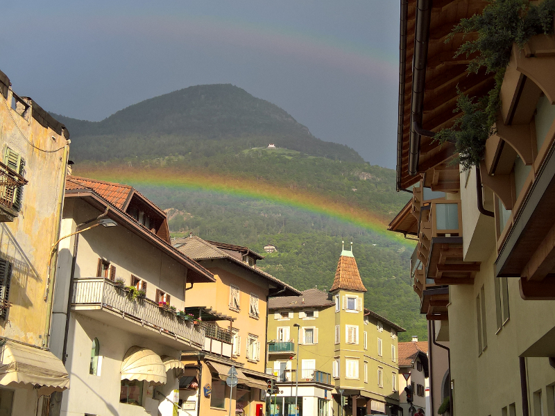 Laives - Arcobaleno in città