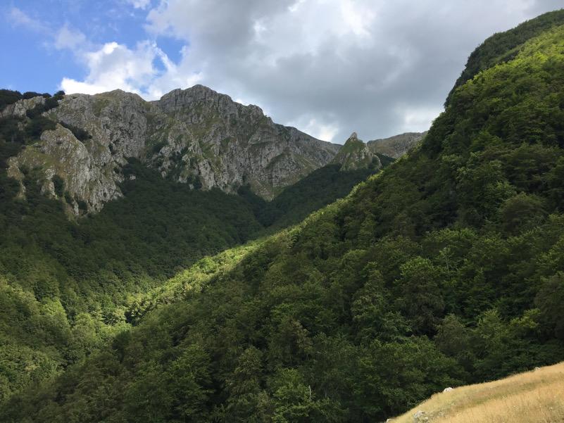 Molise_Parco Nazionale Matese_Montagna_Valle del Fondacone Campanariello di Valle Roccamandolfi IS