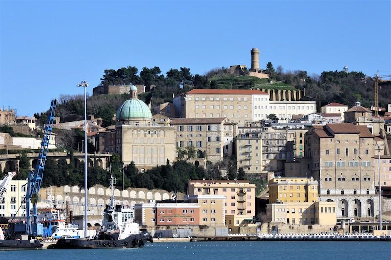 Ancona sul mare