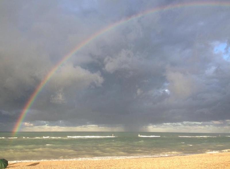 L'arcobaleno comincia da un ombrello