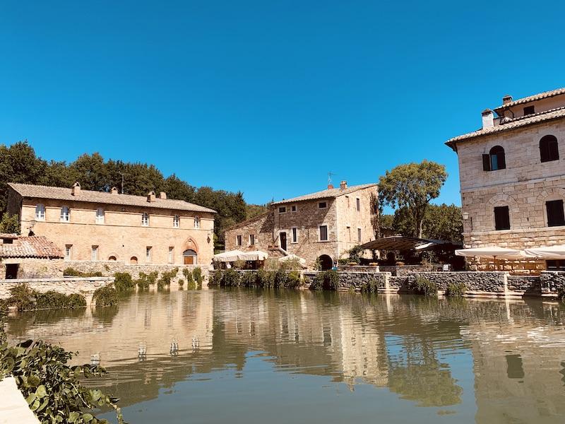 Bagno Vignoni, incanto