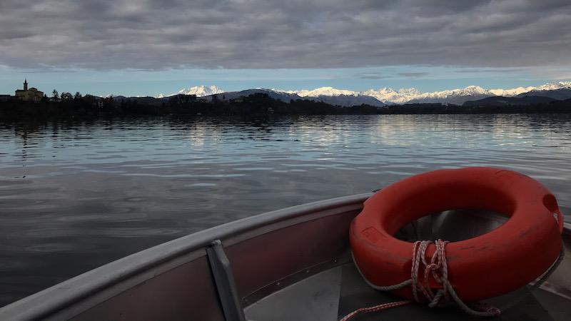 Vista sul Monte Rosa dal lago di Varese