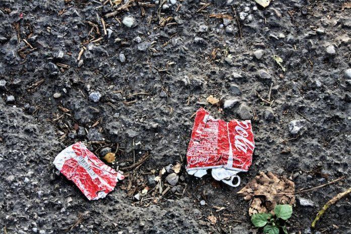 L'emissione di scarti e rifiuti (…) non ecceda la capacità di assimilazione dei sistemi naturali.