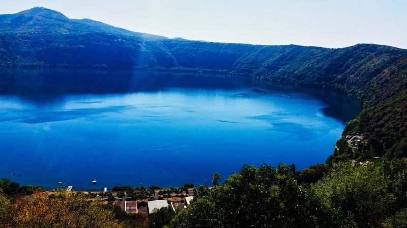 Collapse the Light into Earth-Lago di Albano