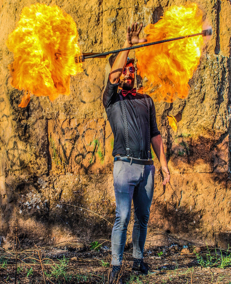 Il fuoco: una magica reazione chimica emissiva