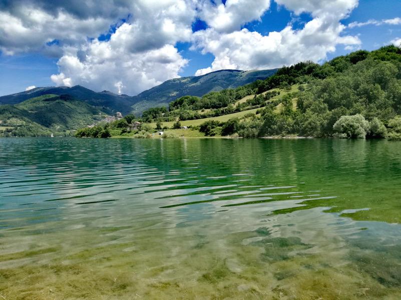 La forma dell'acqua-Lago del Turano
