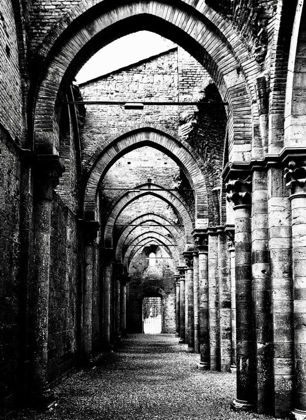 L'abbazia senza tetto